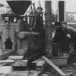 Tempel-briketipressi  paigaldamine  tehasesse 1938. a.